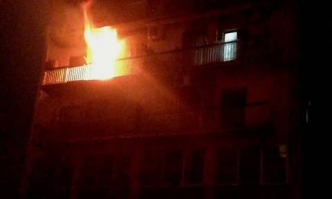 Θεσσαλονίκη: Ένας άνδρας έχασε τη ζωή του από φωτιά σε διαμέρισμα