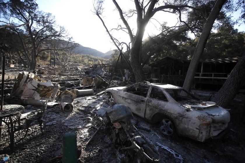 Η Καλιφόρνια στις φλόγες: Στους 58 οι νεκροί - Ξεπερνούν τους 100 οι αγνοούμενοι (pics&vid)