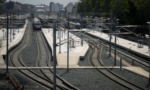Εκτροχιάστηκε τρένο που εκτελούσε το δρομολόγιο Λιανοκλάδι – Αθήνα