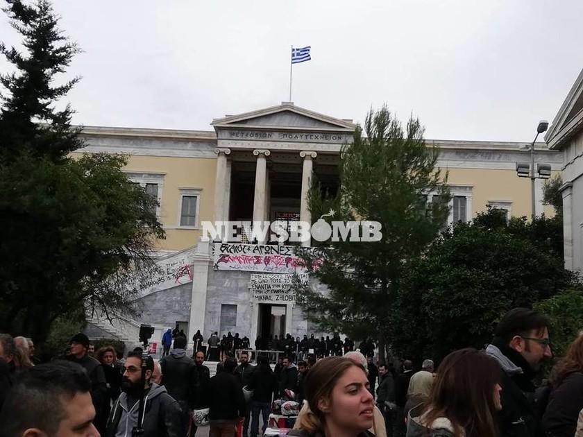 Πολυτεχνείο 2018: Σε εξέλιξη οι εκδηλώσεις μνήμης για τα 44 χρόνια από την εξέγερση των φοιτητών