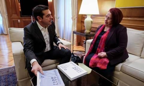 Συνάντηση Τσίπρα με τη Γενική Επιθεωρήτρια Δημόσιας Διοίκησης: Τι ανέβασε ο πρωθυπουργός στο Twitter