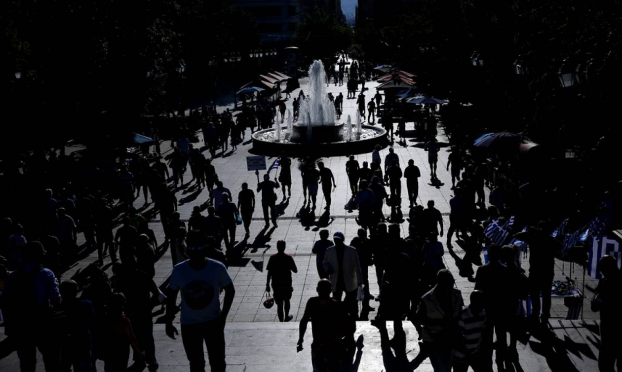 Στοιχεία ντροπής: Ανάπτυξη «ΣΥΡΙΖΑ» με έναν στους τρεις μισθούς στα 317 ευρώ!