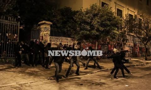 Επεισόδια Πολυτεχνείο: Δίωξη για κακούργημα σε έξι από τους 19 συλληφθέντες