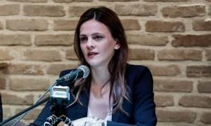 Αχτσιόγλου: Δημοσιονομικά αχρείαστη η μείωση του αφορολόγητου
