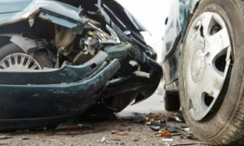 Καραμπόλα πέντε οχημάτων έξω από τη Θεσσαλονίκη – Τρεις τραυματίες