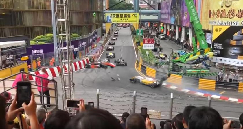 Μακάο: Σοκαριστικό ατύχημα στη Formula 3 - Στο χειρουργείο η 17χρονη οδηγός (vid)