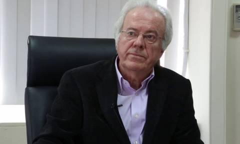 Παραίτηση - «βόμβα»: Αποχωρεί ο πρόεδρος του ΕΦΕΤ - Αιχμές κατά Αποστόλου