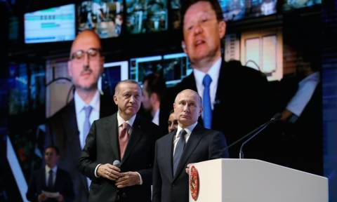 Ερντογάν και Πούτιν ξανά μαζί: Εγκαινίασαν τον αγωγό αερίου TurkStream που ενώνει Ρωσία και Τουρκία
