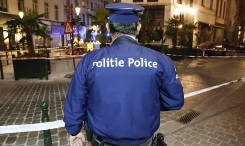 Συναγερμός στις Βρυξέλλες: Άνδρας μαχαίρωσε αστυνομικό φωνάζοντας «Αλλάχ ου ακμπάρ» (pics)