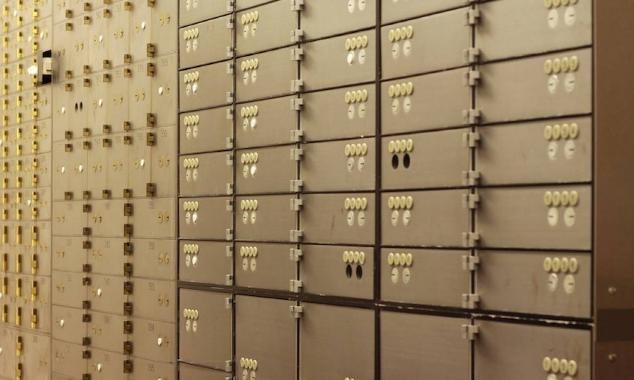 Ανοίγουν θυρίδες για χρέη στο Δημόσιο – Κατάσχονται μετρητά και τιμαλφή