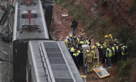 Αυτή ήταν η αιτία του φονικού εκτροχιασμού τρένου στην Καταλονία (vid+pics)