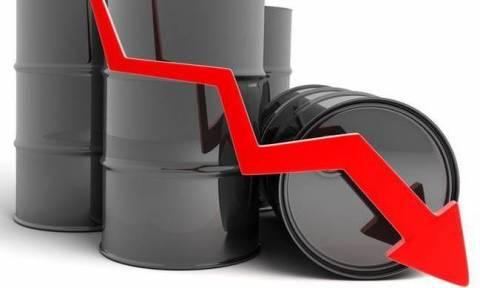 Νέο ξεπούλημα στη Wall Street - «Βουτιά» στην τιμή του πετρελαίου