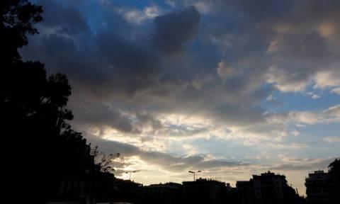 Καιρός: Τετάρτη με βροχές και καταιγίδες - Πότε θα υποχωρήσουν τα φαινόμενα (pics)