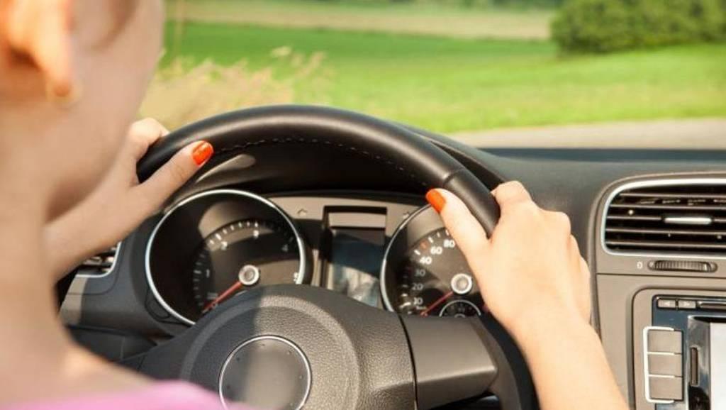Δίπλωμα οδήγησης: Πότε θα πιάνουν τιμόνι οι οδηγοί - Ανατροπή στο σύστημα των εξετάσεων