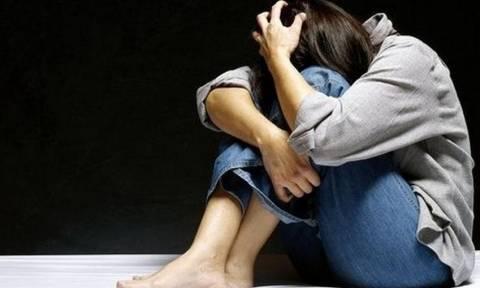 Φρίκη δίχως τέλος: Παιδεραστής έσπαγε τα πόδια των θυμάτων του προτού τα βιάσει και τα σκοτώσει