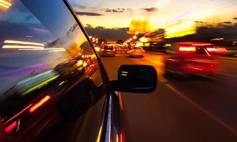 Οδηγός για κλάματα: Του πήραν το δίπλωμα οδήγησης... 49 λεπτά αφότου το πήρε στα χέρια του