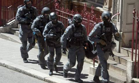 Συναγερμός στην Αγγλία: Εντοπίστηκαν εκρηκτικοί μηχανισμοί στο Λονδίνο