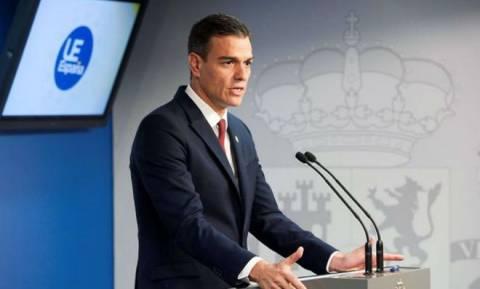 Η Ισπανία δηλώνει έτοιμη να «τινάξει» τη συμφωνία για το Brexit στον αέρα