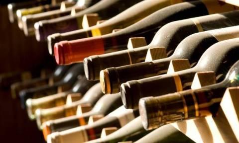 Ειδικός φόρος στο κρασί: Ο νέος προϋπολογισμός φέρνει αντιδράσεις στους μικρούς οινοποιούς