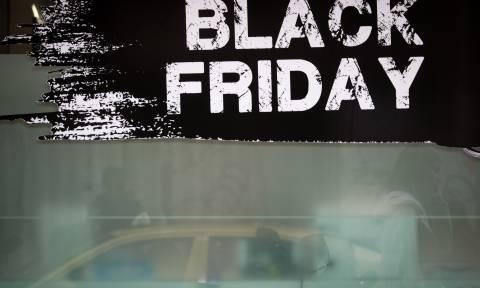 Στον «πυρετό» της Black Friday: Στο «κυνήγι» της ευκαιρίας χιλιάδες Έλληνες - Προσοχή στις παγίδες
