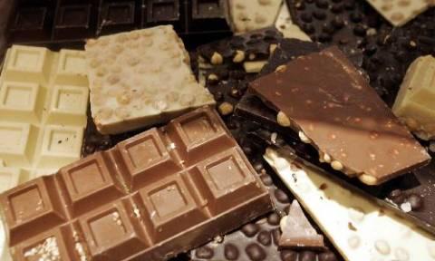 ΠΡΟΣΟΧΗ! Ανακαλούνται τρεις επικίνδυνες σοκολάτες (pics)