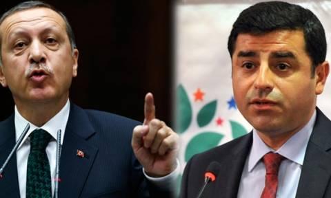 Νέο πανευρωπαϊκό «χαστούκι» στην Τουρκία για το δικτάτορα Ερντογάν: «Απελευθέρωσέ τον τώρα!»