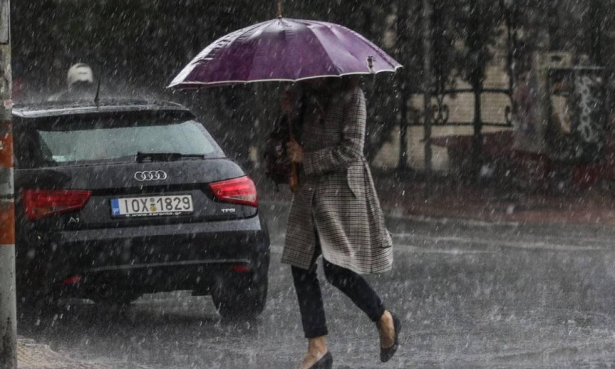 Αλλάζει ο καιρός: Έρχεται ισχυρή κακοκαιρία διαρκείας με καταιγίδες, νοτιάδες και πολλή… λάσπη!