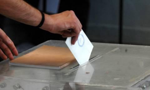 Δημοσκόπηση βάζει «φωτιά» στο πολιτικό σκηνικό: Μονοψήφια η διαφορά ΣΥΡΙΖΑ - ΝΔ