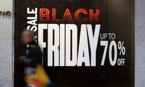 «Φρενίτιδα» για την Black Friday: Αυξήθηκαν κατά 2.600% οι πωλήσεις στην Ελλάδα (ΠΙΝΑΚΕΣ)