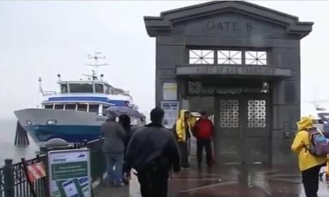 Απίστευτο βίντεο: Η στιγμή που πλοίο πέφτει πάνω σε προβλήτα στο Σαν Φρανσίσκο (vid)