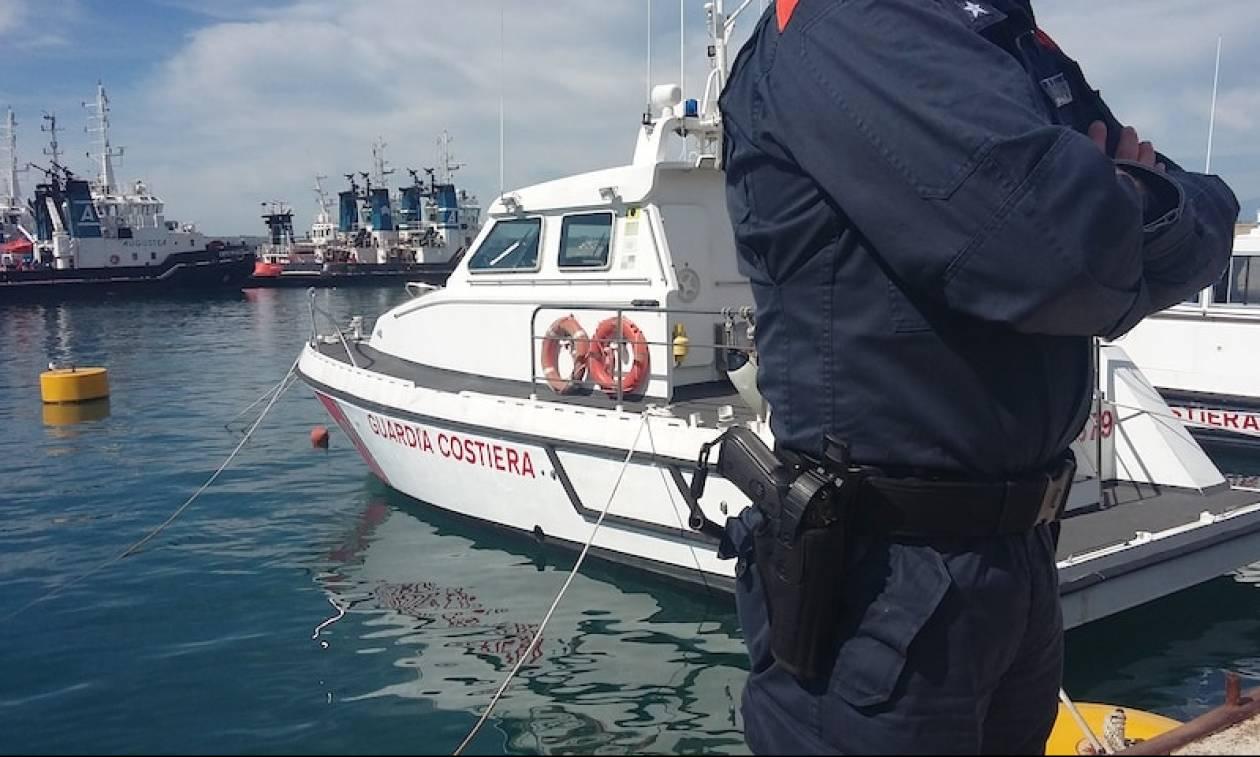 Σικελία: Στο λιμάνι του Ποτσάλο έφτασαν οι 236 μετανάστες που επέβαιναν σε αλιευτικό