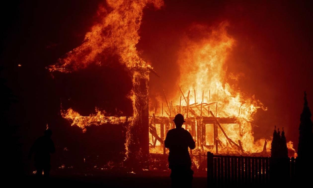 Η Καλιφόρνια μετρά τις πληγές της από τη φονική πυρκαγιά - Δεκάδες νεκροί μπορεί να μη βρεθούν ποτέ