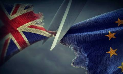 Ιστορική στιγμή: Οι 27 ηγέτες της Ευρωπαϊκής Ένωσης ενέκριναν τη συμφωνία για το Brexit