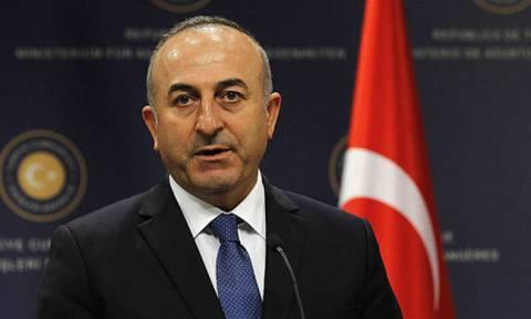 Ο Τσαβούσογλου μιλά για τους Τουρκοκύπριους χωρίς τους ίδιους: «Το Κυπριακό λύνεται κι αλλιώς»