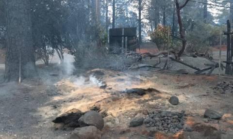 Καλιφόρνια: Υπό πλήρη έλεγχο τέθηκε η φονική πυρκαγιά έπειτα από 17 μέρες (pics)