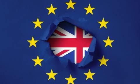 Brexit: Τι θα συμβεί αν το βρετανικό κοινοβούλιο απορρίψει τη συμφωνία