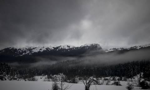 Καιρός: Ξεκίνησε η επέλαση της «Πηνελόπης» - «Χτυπά» την Ελλάδα με καταιγίδες και χιόνια