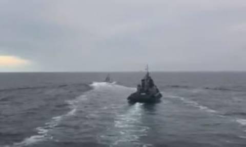 «Θρίλερ» στην Κριμαία: Το ρωσικό ναυτικό άνοιξε πυρ κατά ουκρανικών σκαφών (vid)