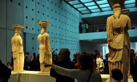Sunday Times: Το Μουσείο της Ακρόπολης μπορεί να φιλοξενήσει τα γλυπτά του Παρθενώνα