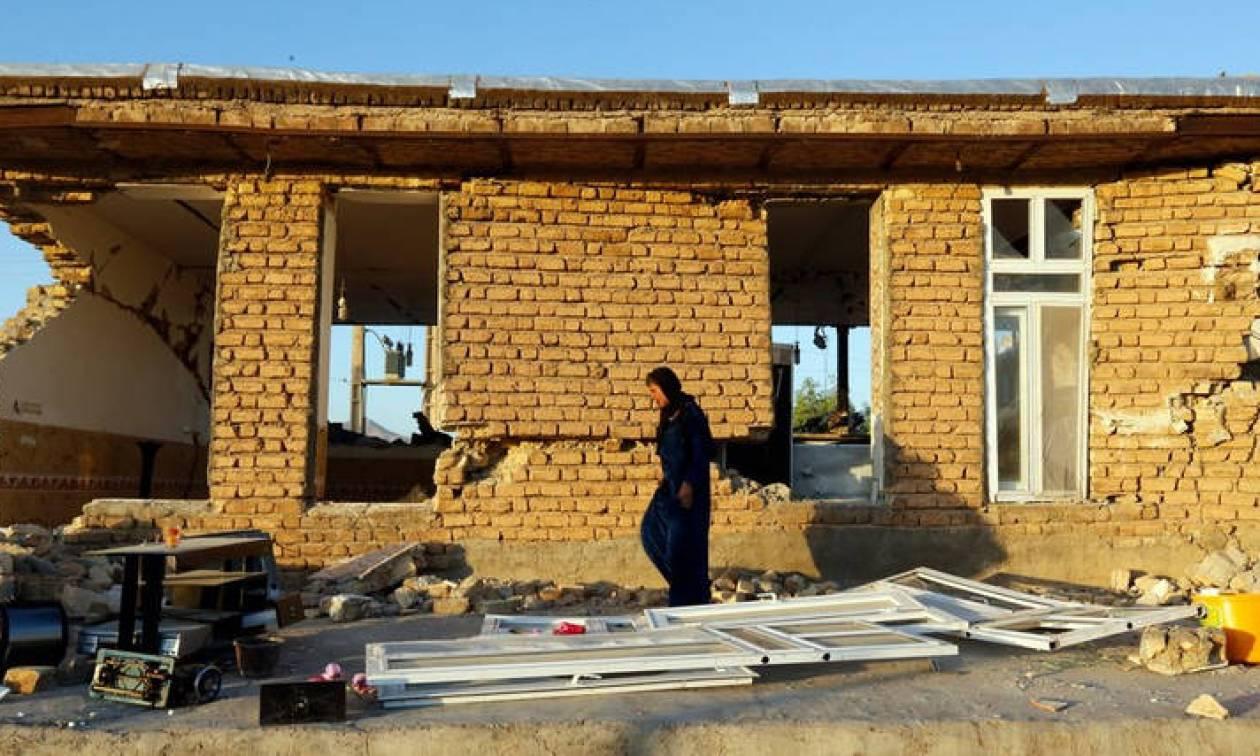 Εκατοντάδες οι τραυματίες από τον σεισμό στα σύνορα Ιράν – Ιράκ