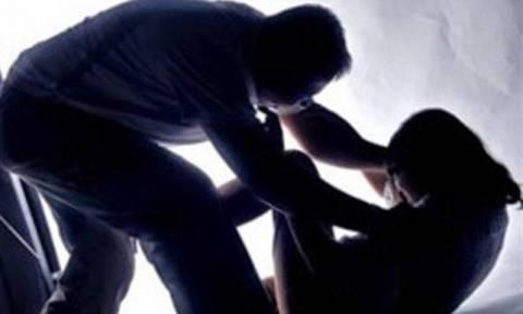 Χανιά: Στο σκαμνί πάλι ο ειδικός φρουρός που κατηγορείται για απόπειρα βιασμού