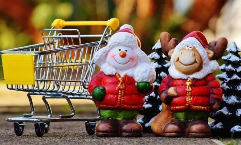 Ωράριο Εορτών 2018: Τρεις Κυριακές ανοιχτά τα καταστήματα