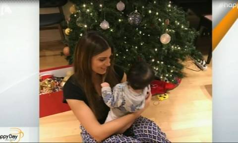 Τσιμτσιλή: Στόλισε το Χριστουγεννιάτικο δέντρο με τα παιδιά της – To απρόοπτο γεγονός και οι φωτό