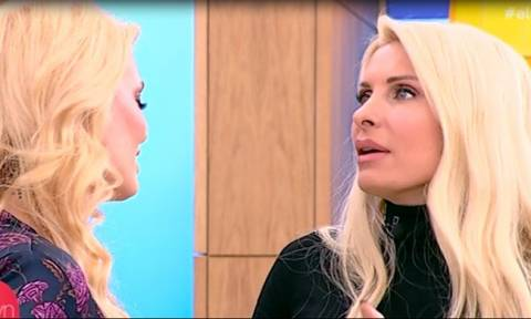«Τρελάθηκε» η Ελένη με την κατάξανθη Μαρία Κορινθίου – Οι απίστευτες ατάκες της on air