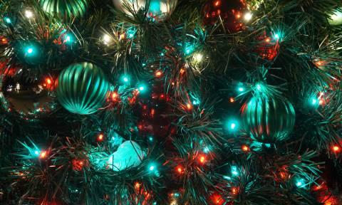 Τι αποκαλύπτει το Χριστουγεννιάτικο δέντρο για την προσωπικότητά σου;