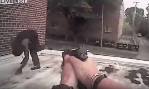 Το βίντεο που σόκαρε τις ΗΠΑ: Τον πυροβόλησε στο κεφάλι ενώ ήταν άοπλος (ΠΟΛΥ ΣΚΛΗΡΟ ΒΙΝΤΕΟ)