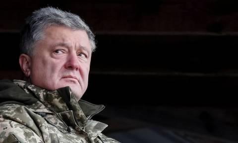 Σινιάλο πολέμου από τον Ποροσένκο: Η Ουκρανία βρίσκεται στα πρόθυρα σύρραξης με τη Ρωσία