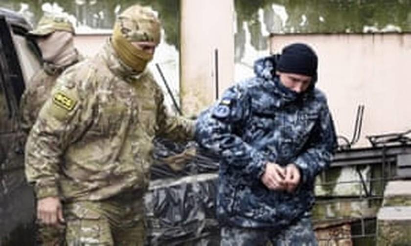 Σύννεφα πολέμου στη Μαύρη Θάλασσα: Ο Πούτιν «οπλίζει» τους S-400 με στόχο την Ουκρανία (Pics+Vids)