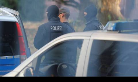 Σάλος στη Γερμανία: Βίασαν 15χρονο κορίτσι στις δημόσιες τουαλέτες παιδικής χαράς