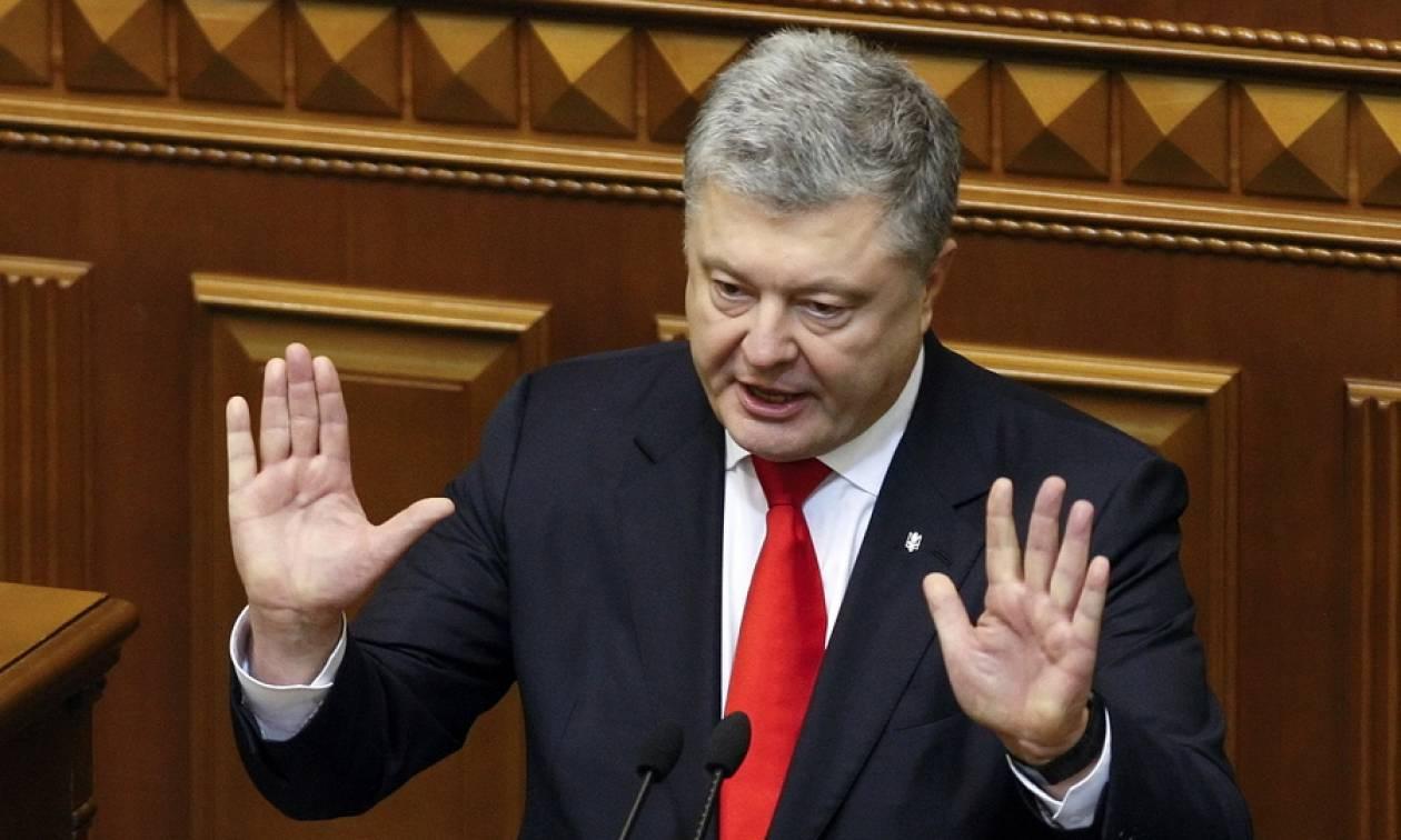 Ουκρανία: Ο Ποροσένκο ζητά από το NATO να στείλει πολεμικά πλοία στην Αζοφική Θάλασσα